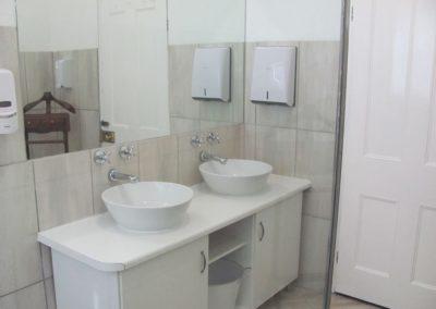 Bathroom 2.2