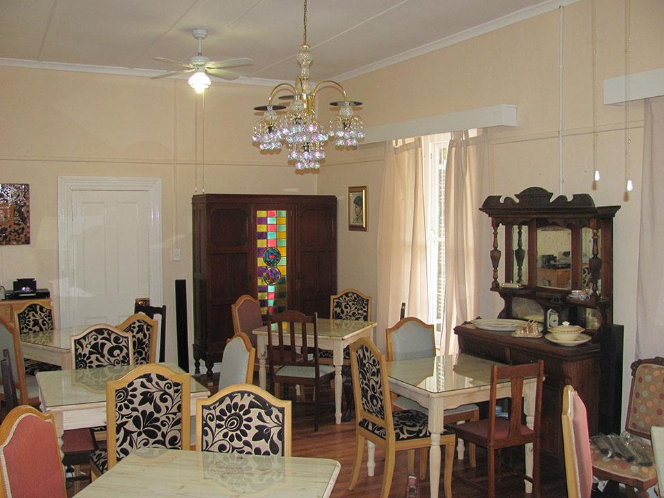 Dining room 6